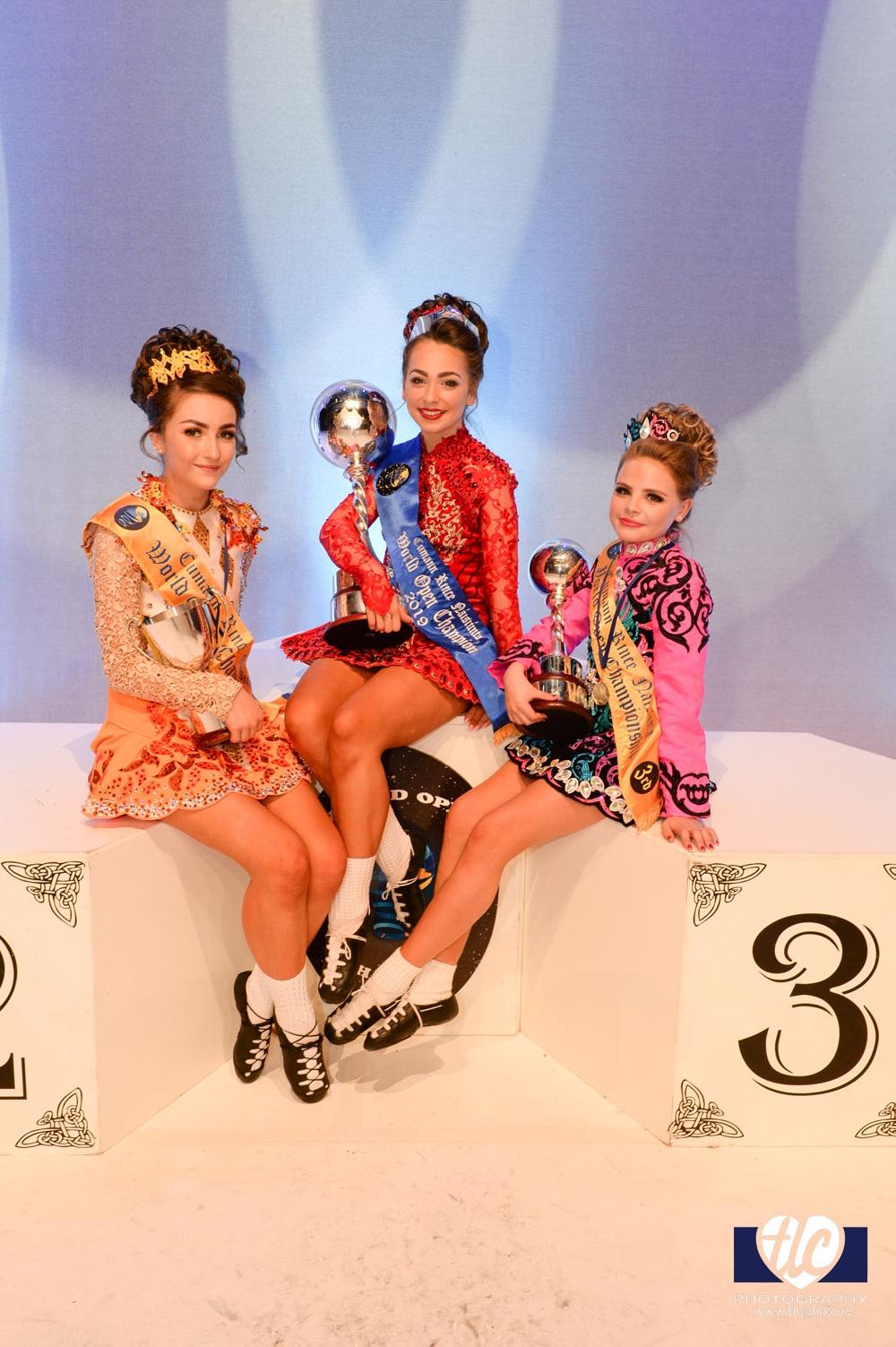 Girls Under 14 World Champion and prize winners