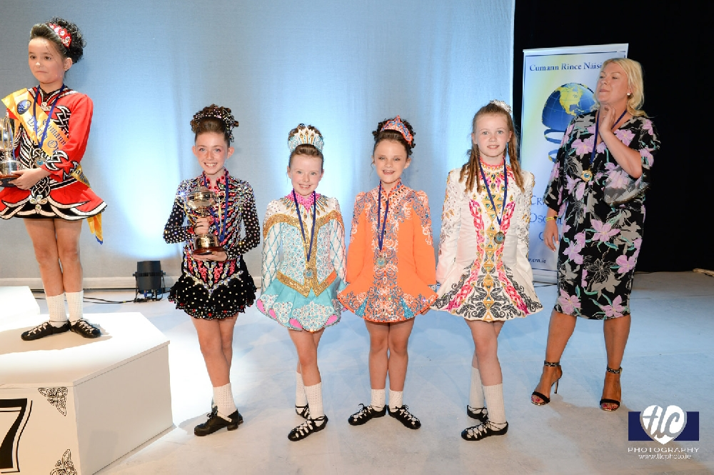 Girls Under 10 prize winners